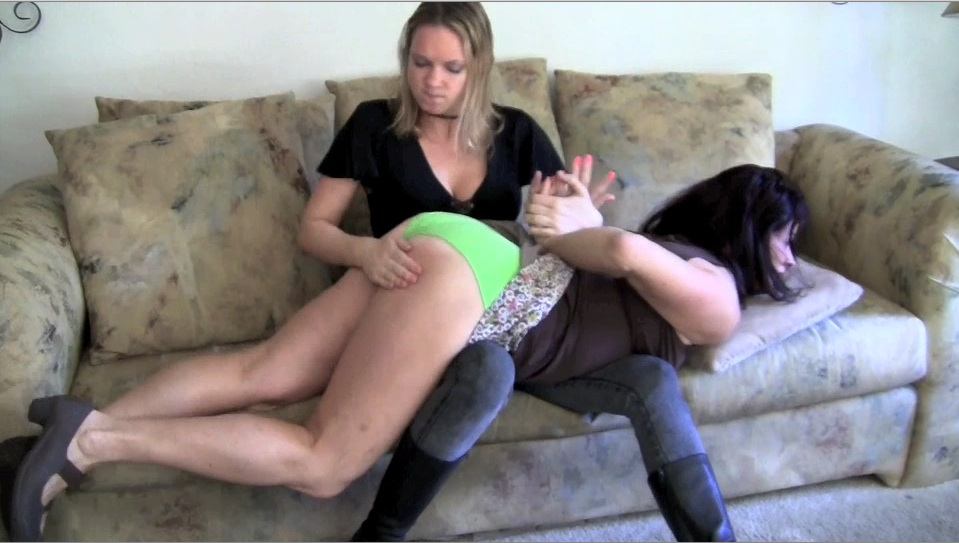 Threesome with creampie lick